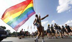 都柏林首屆「跨性別驕傲」遊行登場 找回遊行抗爭本質