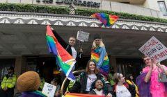 文萊為什麼暫緩石刑處死同性戀者