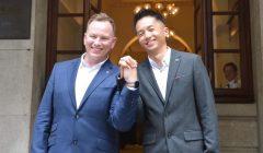 男公務員爭同性伴侶福利入稟覆核勝訴 終院:政府決定涉歧視公務局須賠償