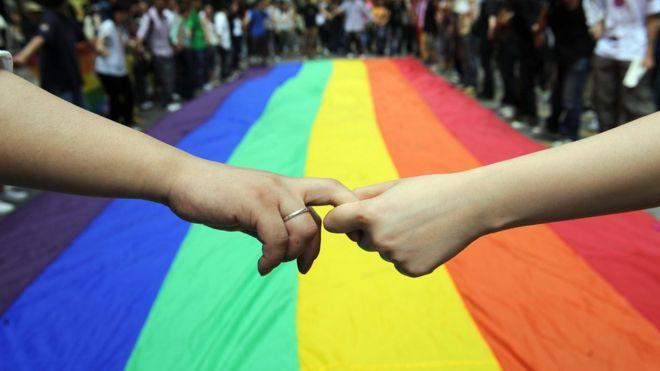 香港步向同婚合法化?從女同志QT勝訴說起