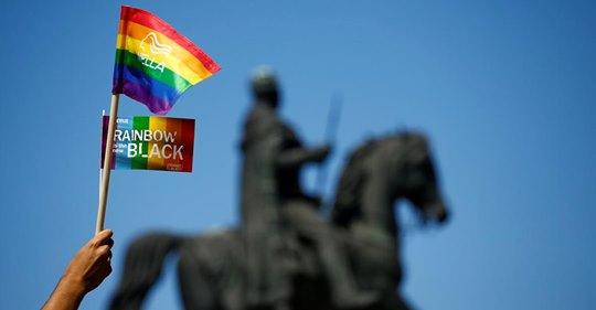 德國內閣於18日通過禁止「性傾向扭轉治療」草案